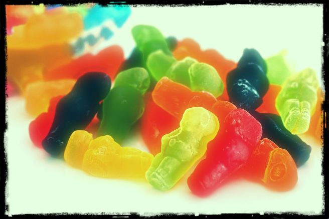 jelly-babies-503130_1920-edit