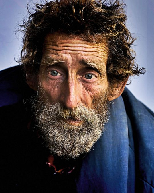 homeless-845709_1920 edit
