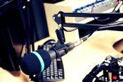 radio-1603230_1920 anne