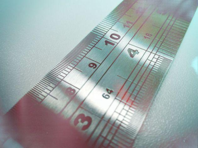 metal-ruler-2765212_1920