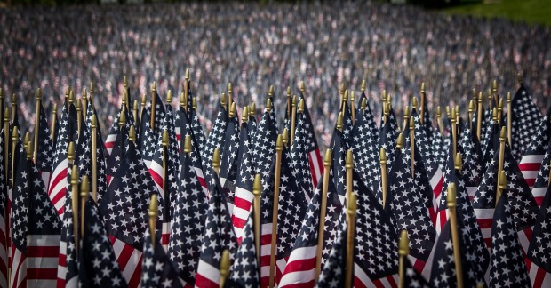 american-flags-2756185_1920