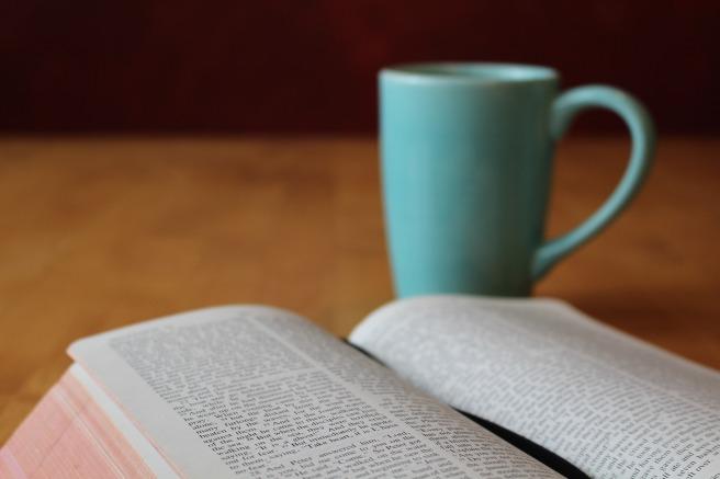 bible-896222_1920